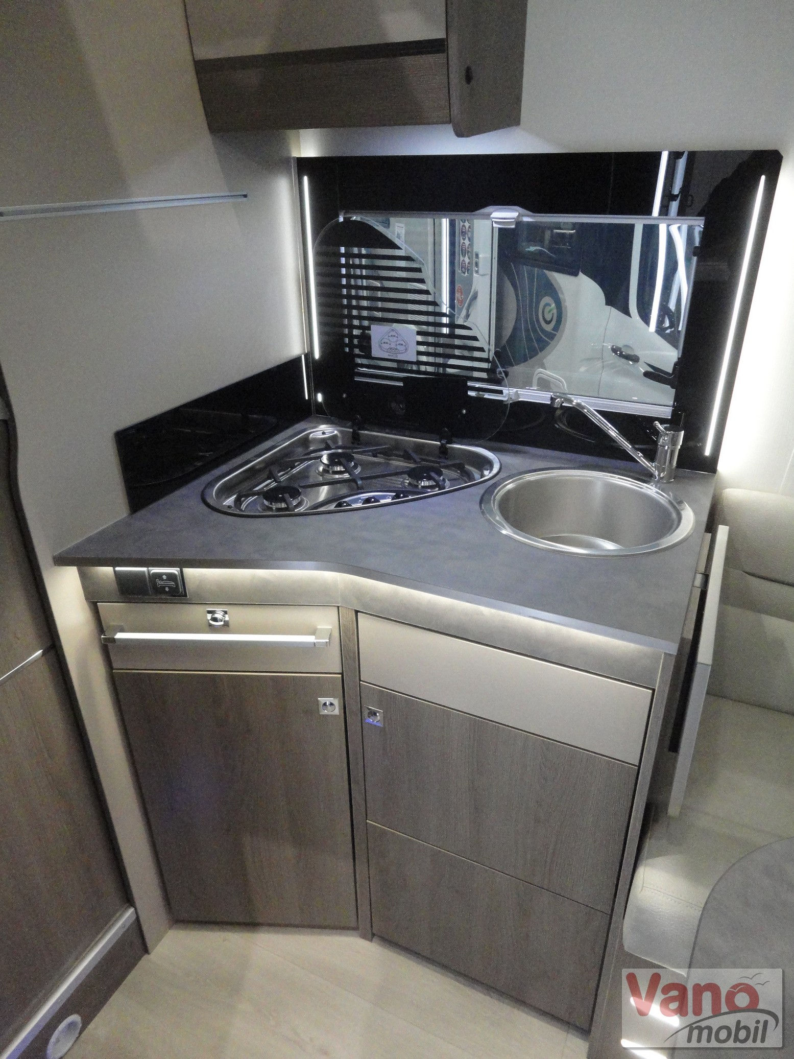 Chausson - Titanium 708 Ford 170 Automatic - 8