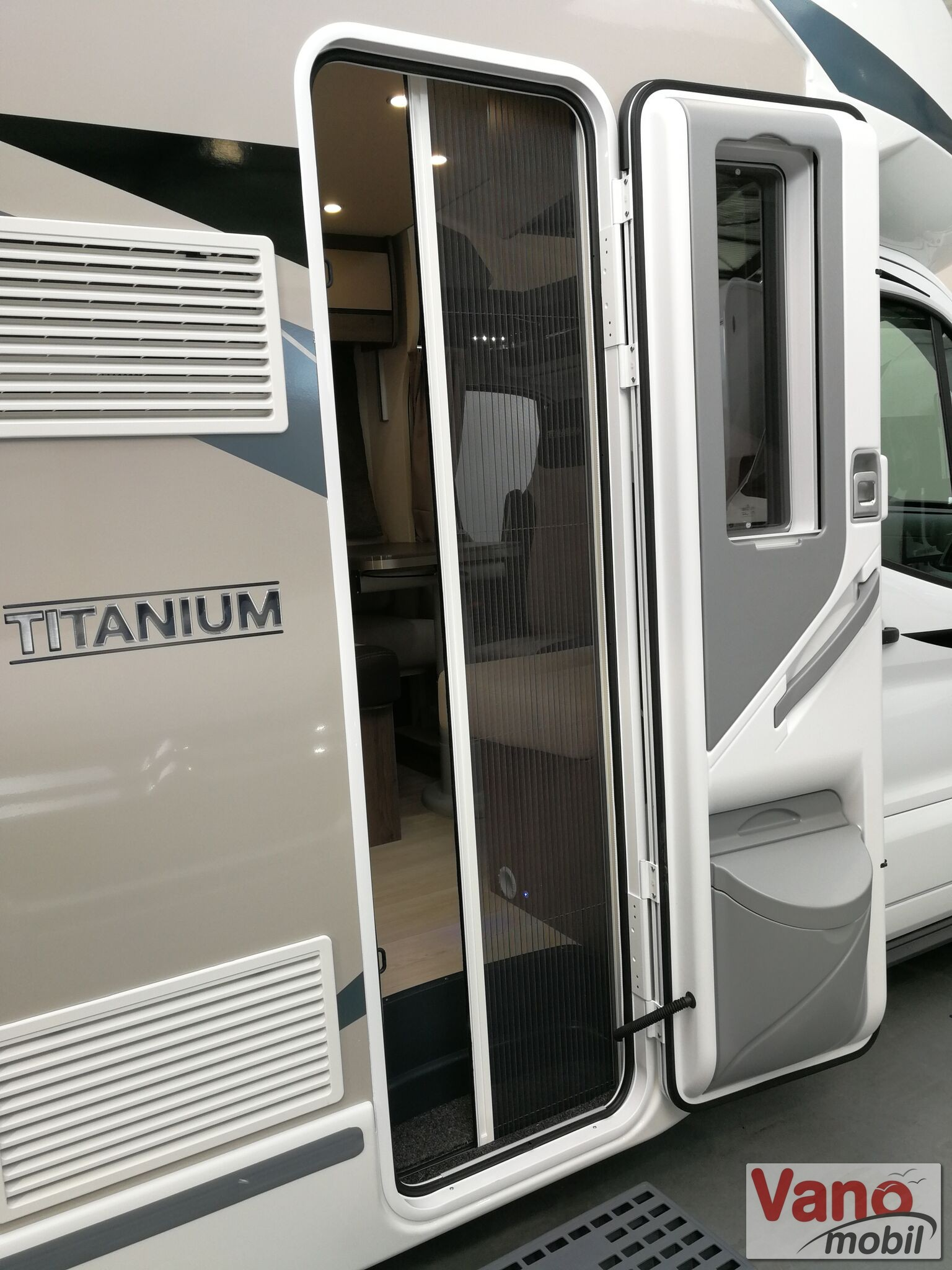 Chausson - Titanium 758 Ford 170 Automatic - 15