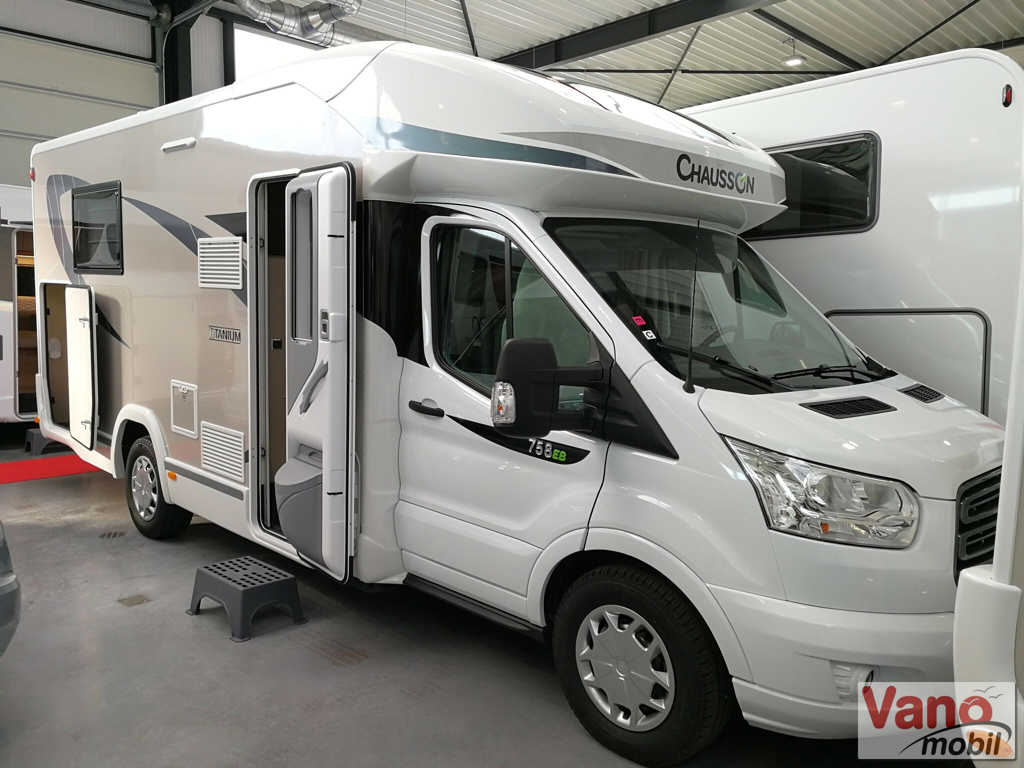 Chausson - Titanium 758 Ford 170 Automatic - 1