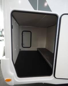Vanomobil verhuur motorhome categorie garage