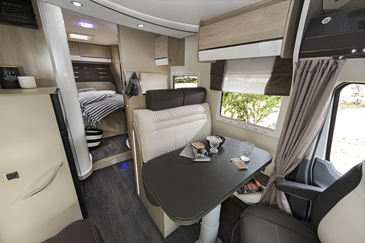 Chausson - Special Edition XLB 718 - 1