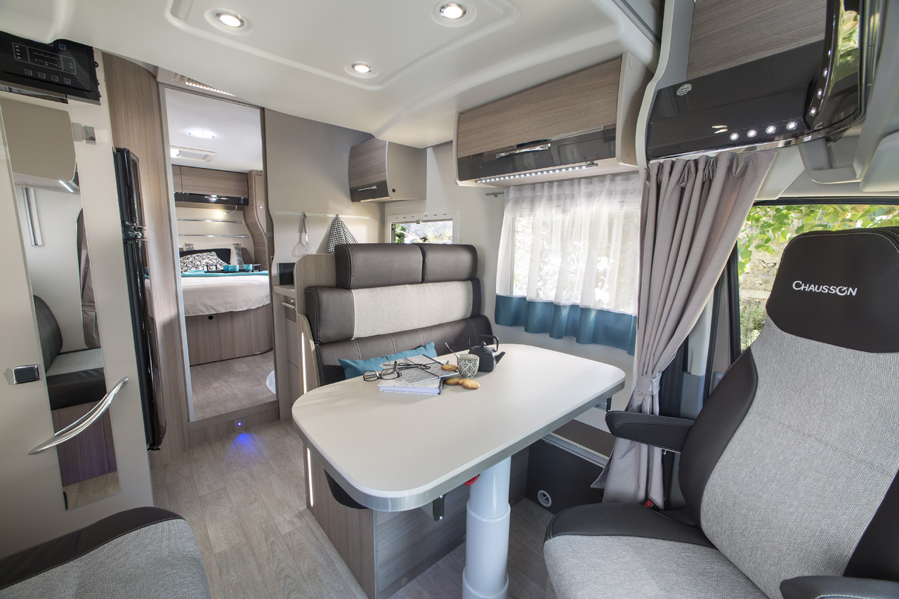 Chausson - Special Edition XLB 718 - 2